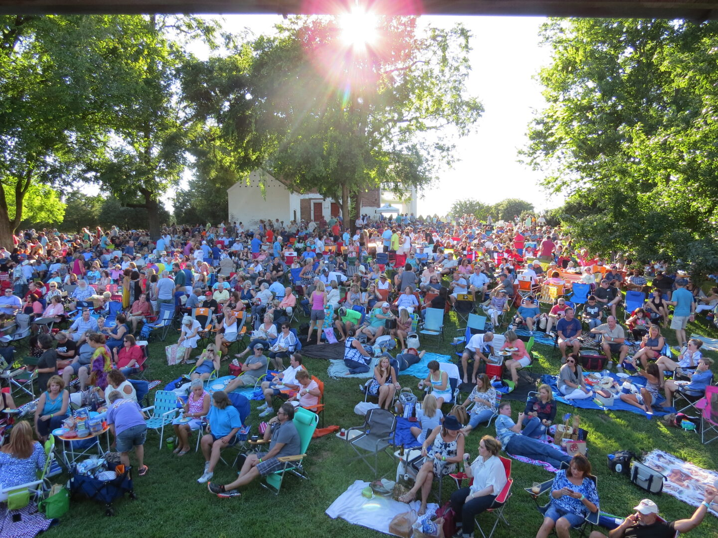 Sunset Concert Series, outdoor concerts in Franklin, TN, family activities and events, date night, outdoor events and more!