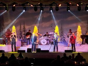 Dinner Show Nashville TN - A Country Christmas at Gaylord Opryland Nashville.