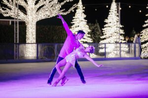 Holiday Events Nashville, TN Shows - A Country Christmas at Gaylord Opryland Nashville.